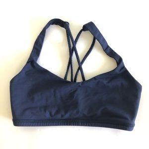Lululemon  Size 2 Free to Be Strappy Sports Bra